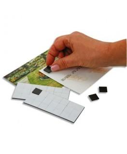 Sachet de 49 carrés magnétiques adhésifs de 1.5 cm